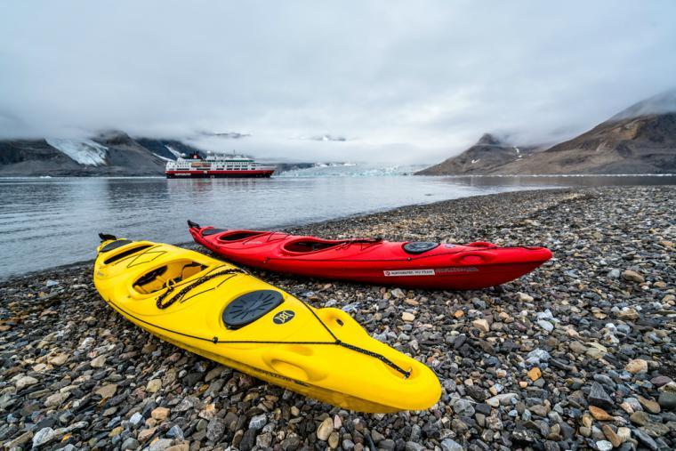 Kayaking in Svalbard with Hurtigruten