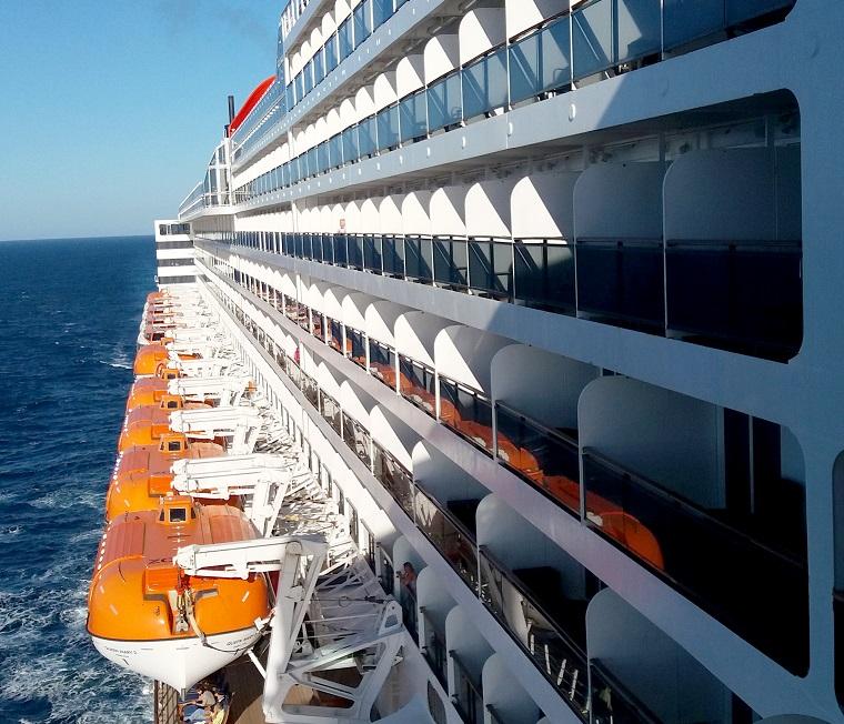 QM2 transatlantic cruise