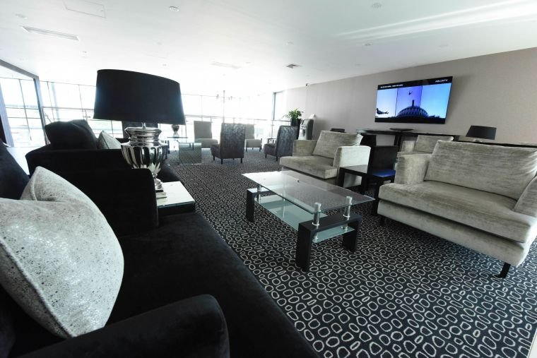 Celebrity Cruises' Stanstead Airport private jet terminal