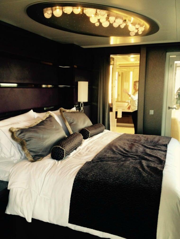 NCL Escape Owner's Suite bedroom