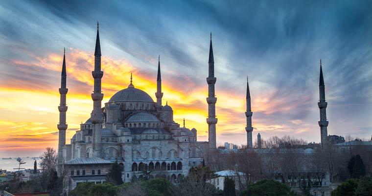 Ultimate Movie Cruise Istanbul