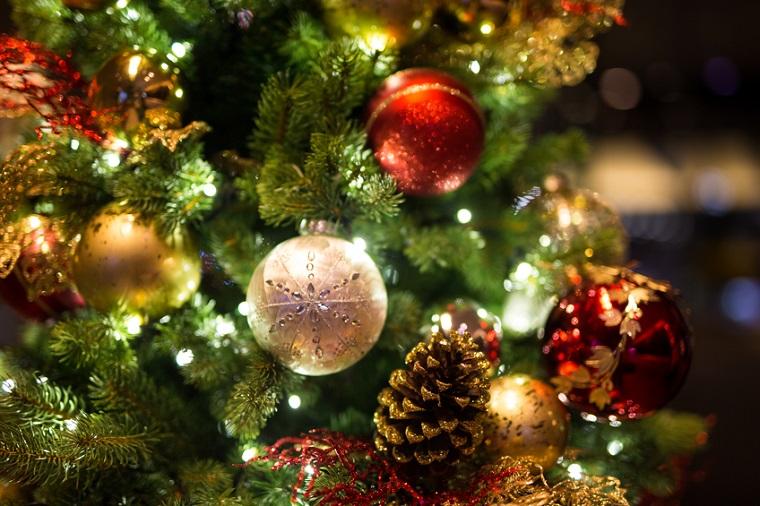 Christmas Cruise decorations