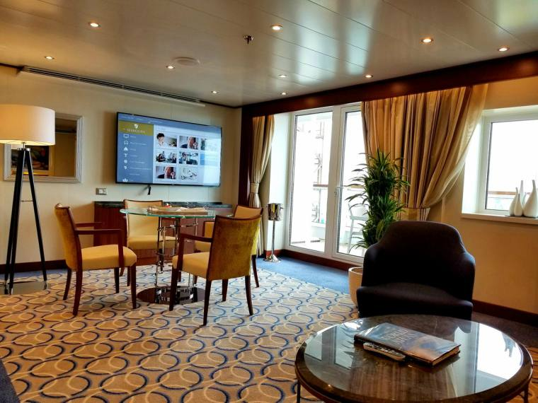 Beautifully-designed-Owner's-Suites-aboard-Seabourn-Ovation