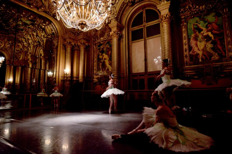 English National Ballet for Queen Mary 2's Dance the Atlantic Voyage 2019