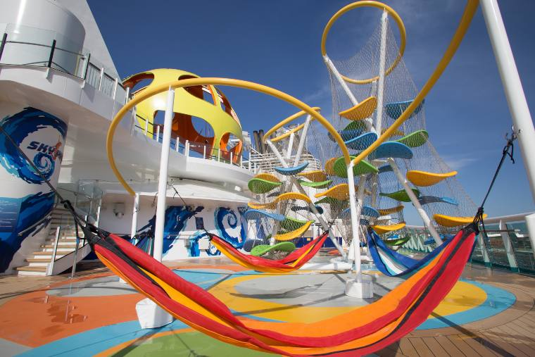 Family cruise on Independence of the Seas