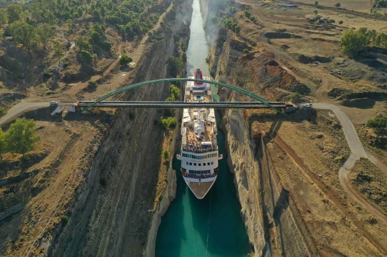 Fred. Olsen Cruise Lines Braemar in the Corinth Canal