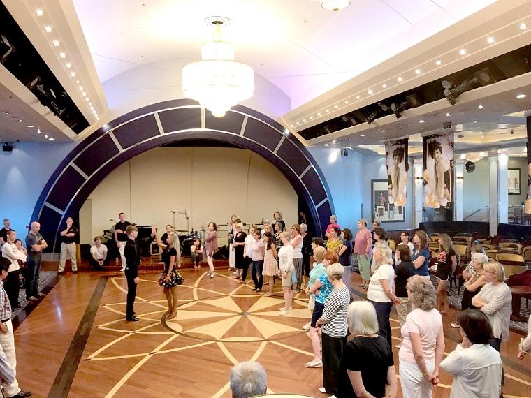 QM2 dancing in the Queens Room