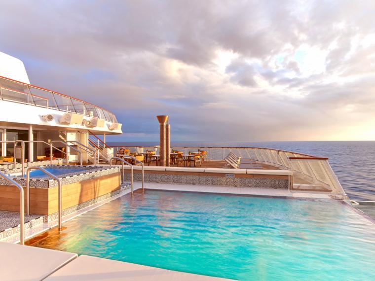 Viking Ocena Cruises Infinity Pool, Viking Cruises