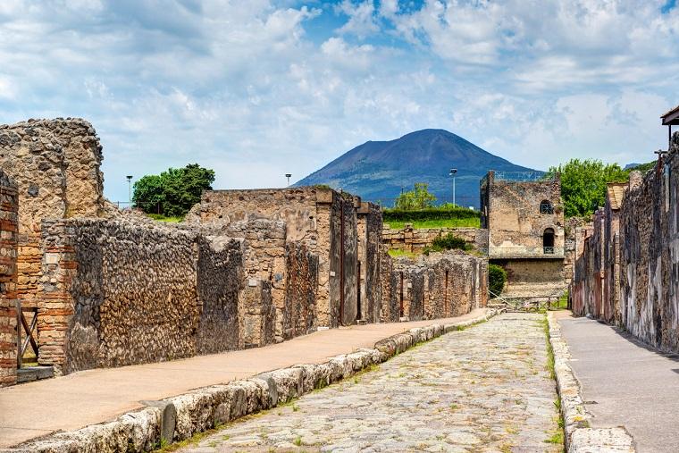 Mount Vesuvius trip from Naples