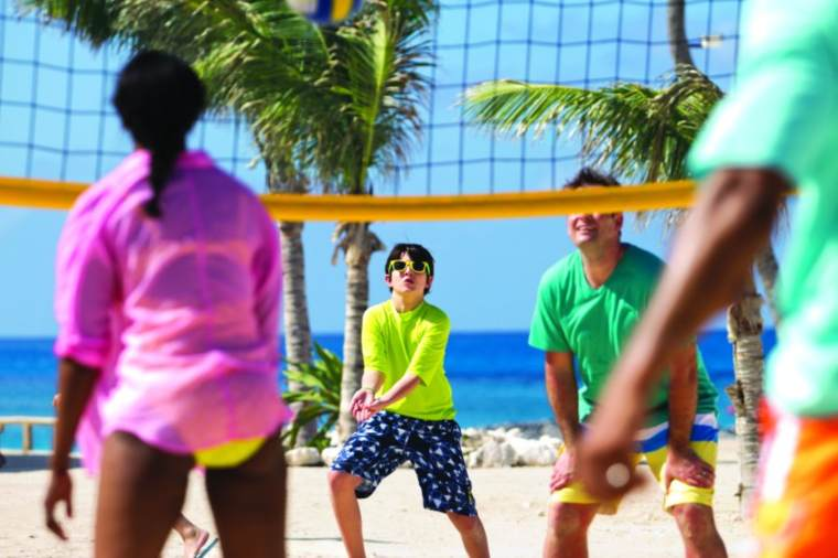 Norwegian Cruise Line Great Stirrup Cay, family playing Volleyball