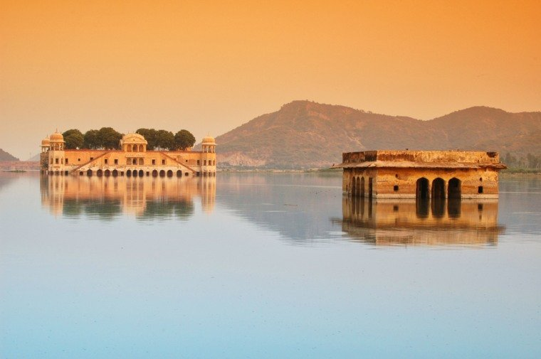 Palace in Middle of Lake, Jal Mahal, Jaipur, India