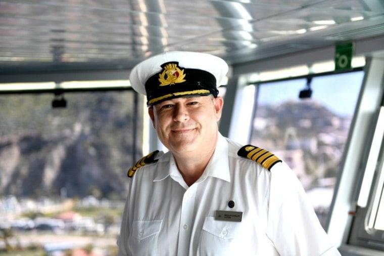 P&O Cruises Captain Wesley Dunlop