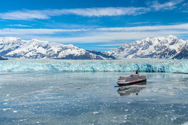 Queen Elizabeth sailing by Hubbard Glacier
