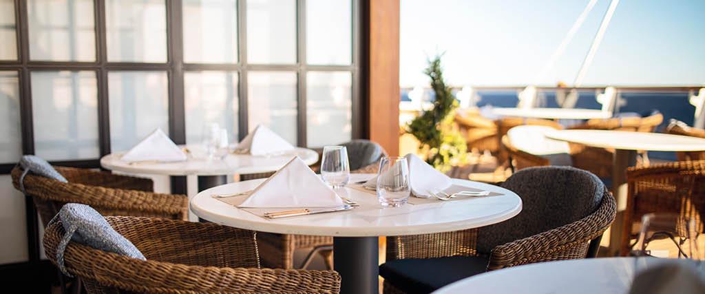 regent-seven-seas-cruises-lifestyle-ships-dining