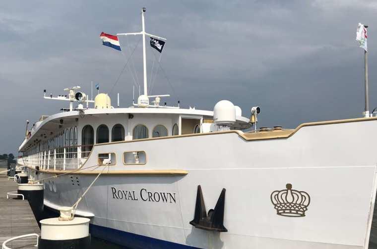 Royal Crown docked in Enkhuizen
