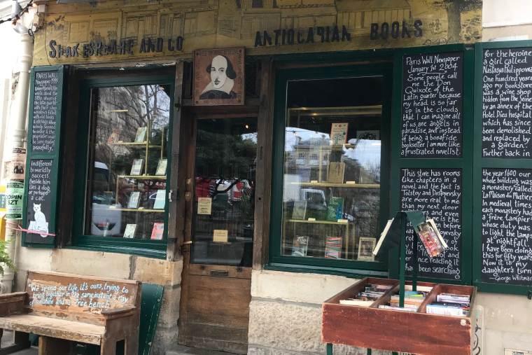 Shakespeare & Co. Paris bookstore
