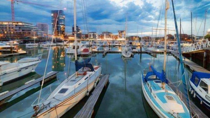 Five Great Reasons to Ditch the City Break and Book a Short Cruise