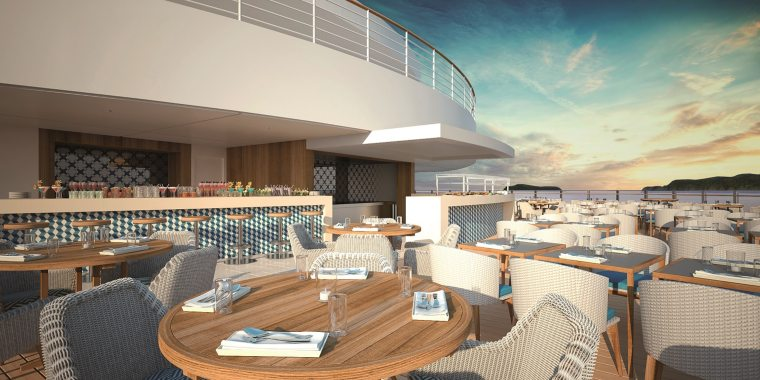 Spirit of Discovery's Lido deck