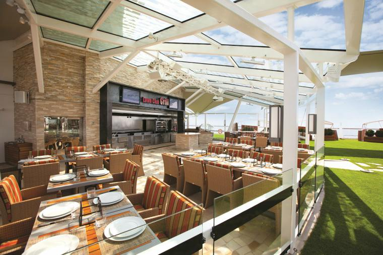 The Lawn Club Grill, Celebrity Silhouette