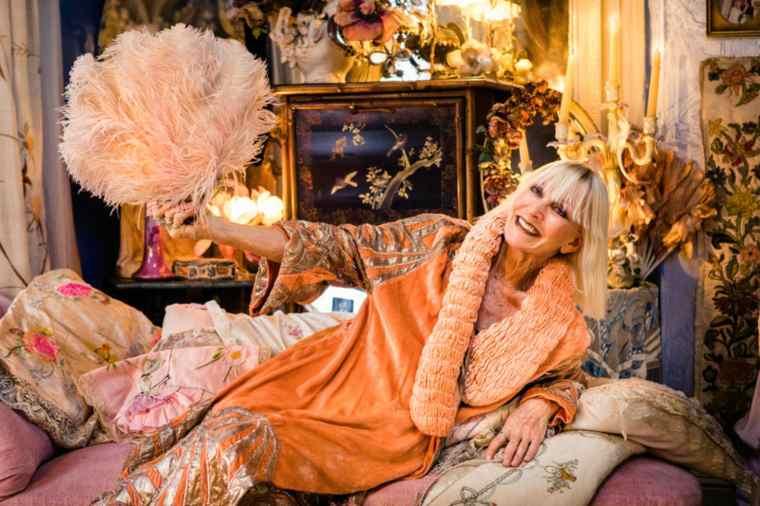 Virginia Bates, queen of vintage fashion on QM2