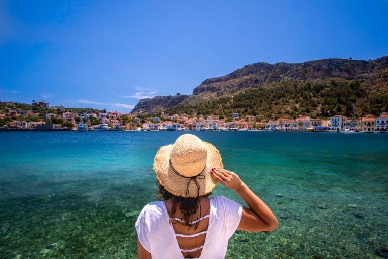 Women travelling solo in Greece