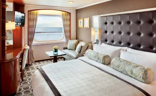 Deluxe Stateroom with Large Picture Window Slightly Limited View – [C2]