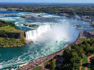 C&S-BANNERS-Niagara,-New-York-&-New-England-in-the-Fall