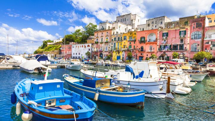 New Views: Destination Swaps For Holidays Ahead