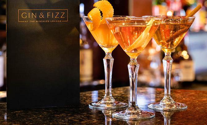 Cocktail Corner: Cunard's Bee-Dazzled