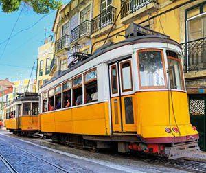 Lisbon_yellow_trams