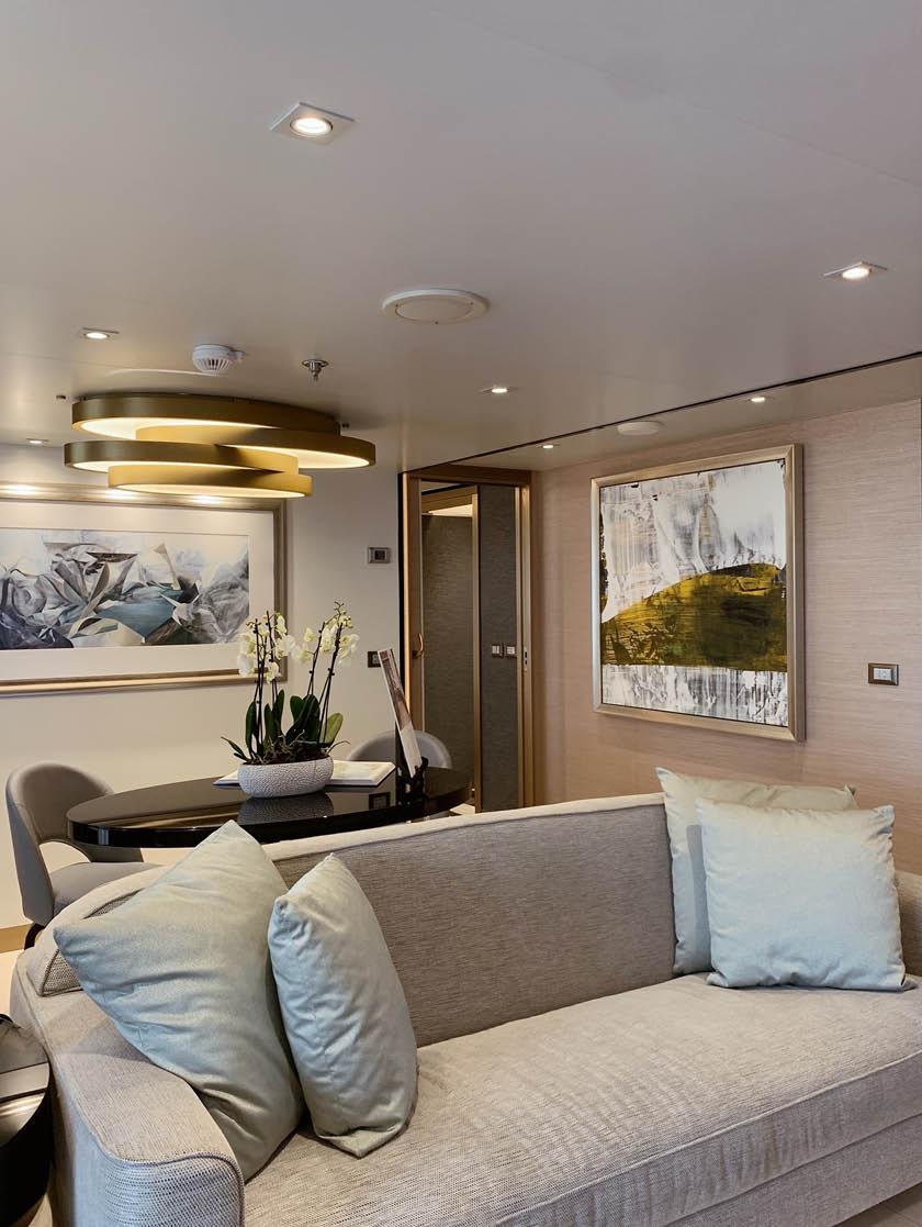 Splendor Suite Living Area