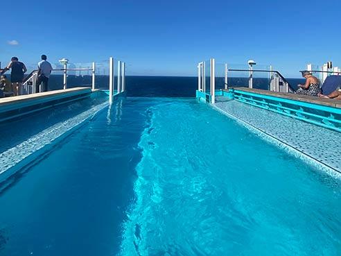 Deck 18 Pool View